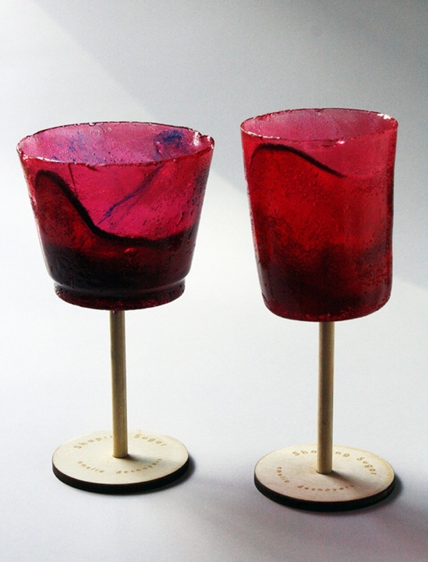 design-amelia-desnoyers-sugar-glass-verre-sucre-red