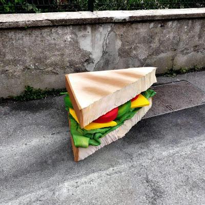 eat-me-lork-sculpture-objet-dechet-aliment-geant-street-art (3)