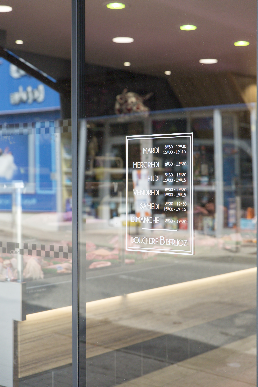 vitrine boucherie berlioz