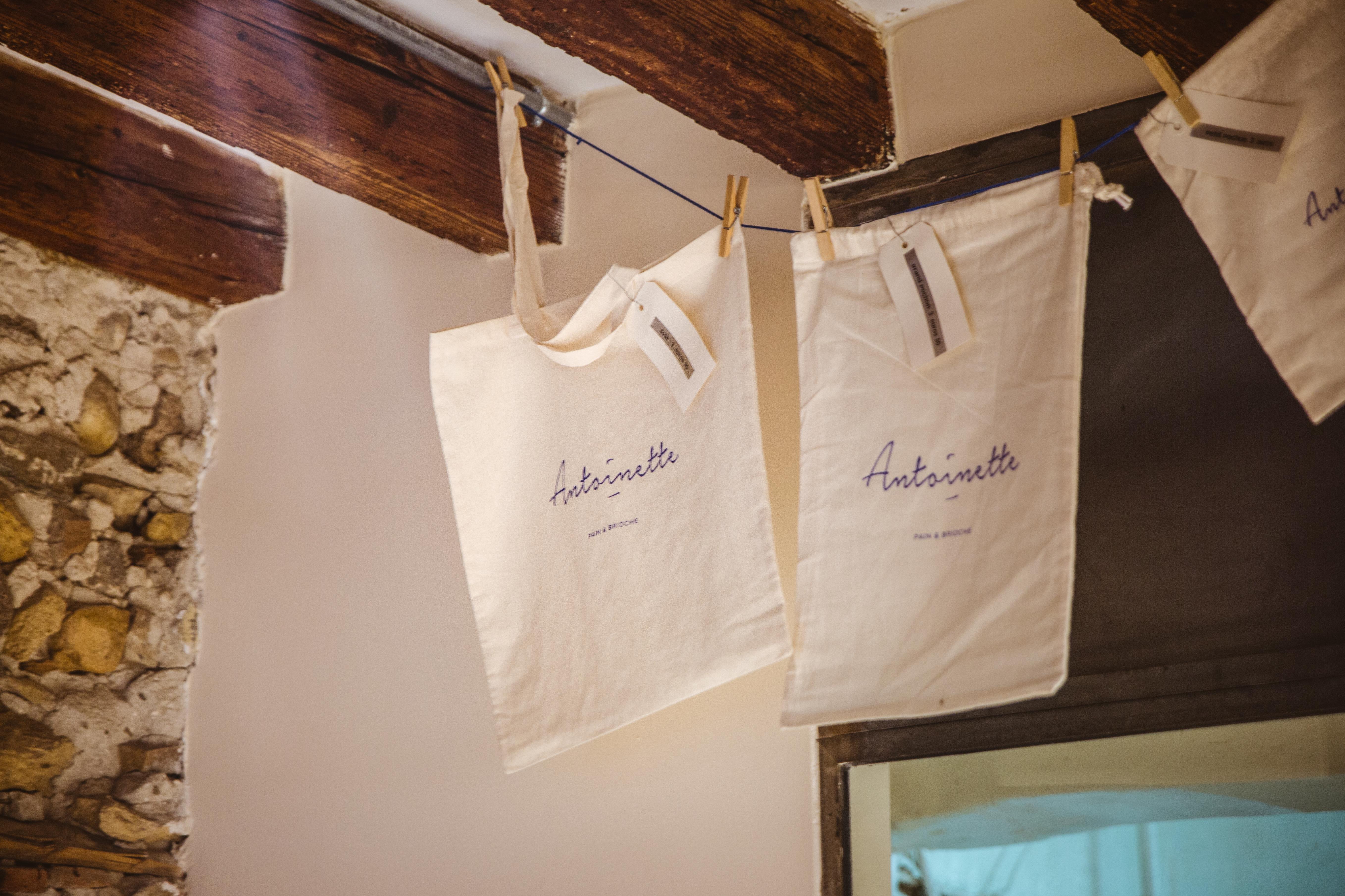 boulangerie Antoinette pain et brioche sacs