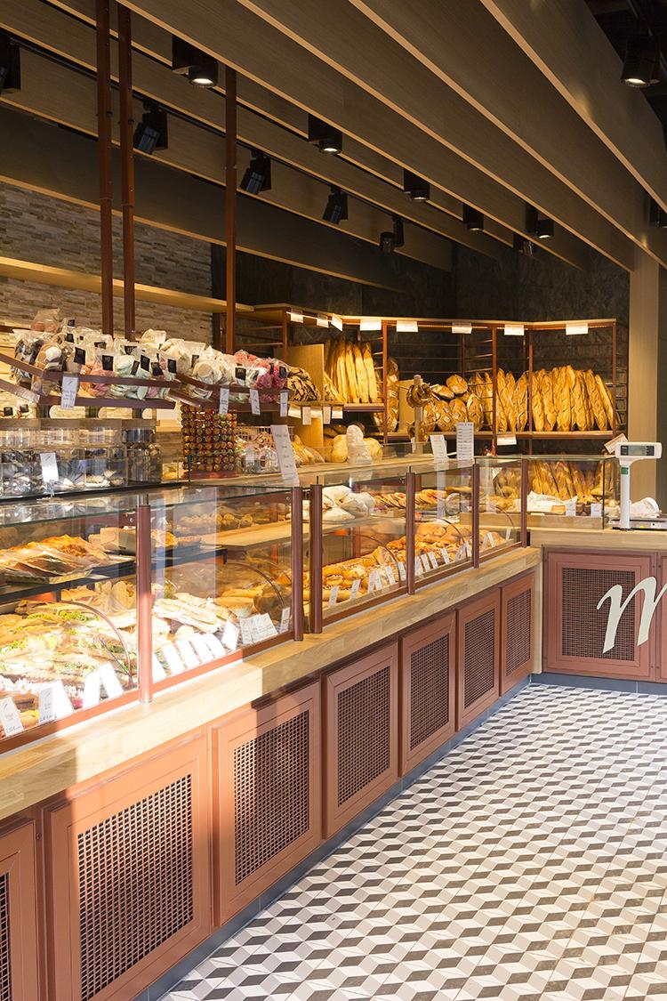 Boulangerie M vitrines